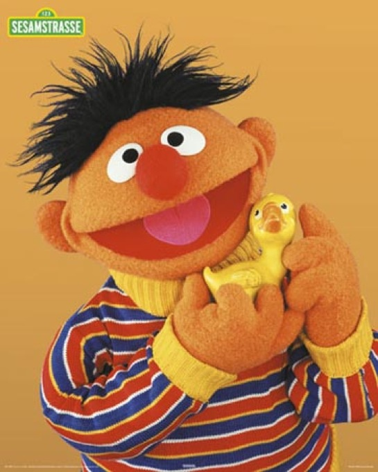 lghr16076ernie-with-rubber-duckie-from-sesame-street-mini-poster_545x680shkl